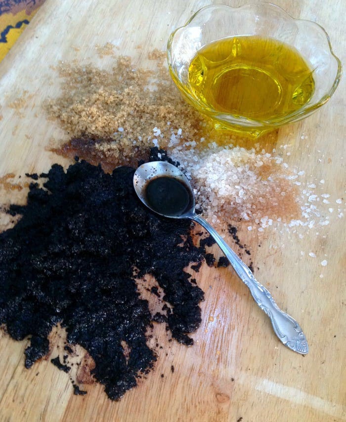Coffee Sugar Scrub that is easy to make at home. #DIY