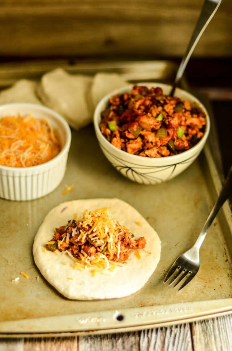 Sloppy Joe Pockets are an easy meal that kids can help make.