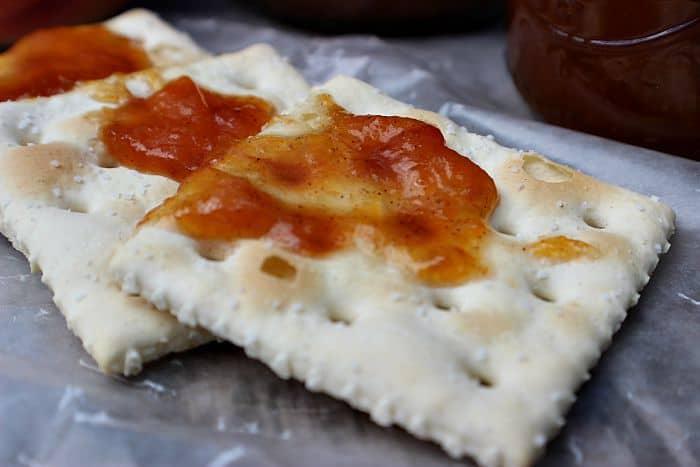 Crockpot Peach Butter Crackers