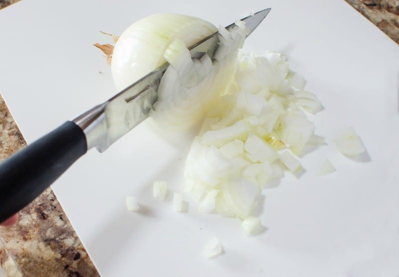 how-to-dice-an-onion