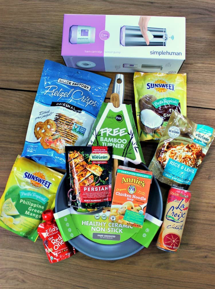 Tis the Season for hosting and toasting! Let #Babbleboxx help prepare you for those unexpected guests! AD
