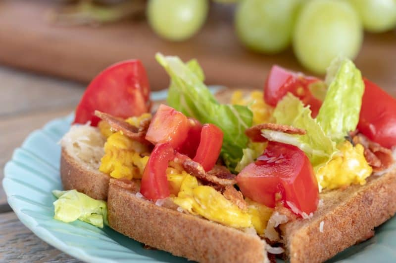 Weight Watchers BLT Toast is a great twist on the breakfast many of us eat: just eggs and toast.There is only 3 Weight Watchers Freestyle Smart Points in each serving!
