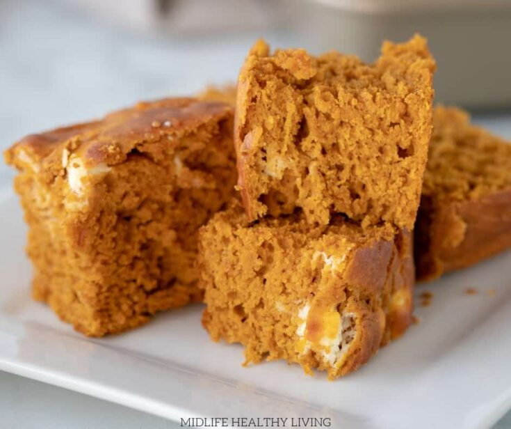 Autumn is coming and the craving for all things pumpkin is right around the corner. A decadent dessert that includes pumpkin spice is the perfect treat to enjoy. Our version of Weight Watchers Pumpkin Bars Recipeoffers decadent flavors all while keeping yourWeight Watcherspoints in check.