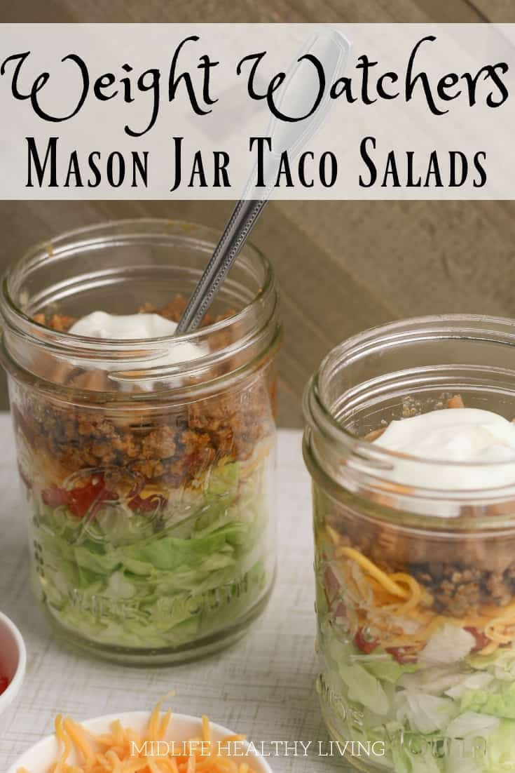Have you tried making mason jar salads?! Give this taco salad in a jar a try and you'll be hooked! This easy to make and prep salad is the perfect Weight Watchers lunch recipe.
