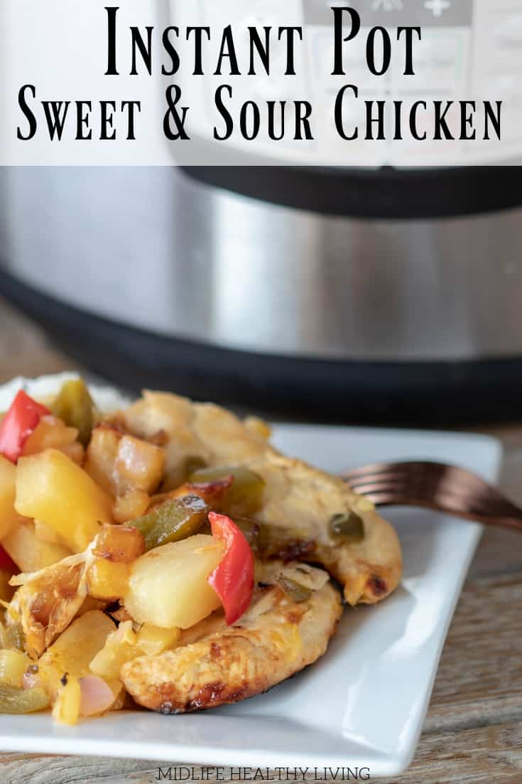 Instant Pot sweet and sour chicken is a delicious Weight Watchers dinner recipe. It is perfect for those days when your points are running low, it's also easy to meal prep!  #weightwatchers #instantpot #wwfreestyle #freestylerecipes #takeoutrecipes