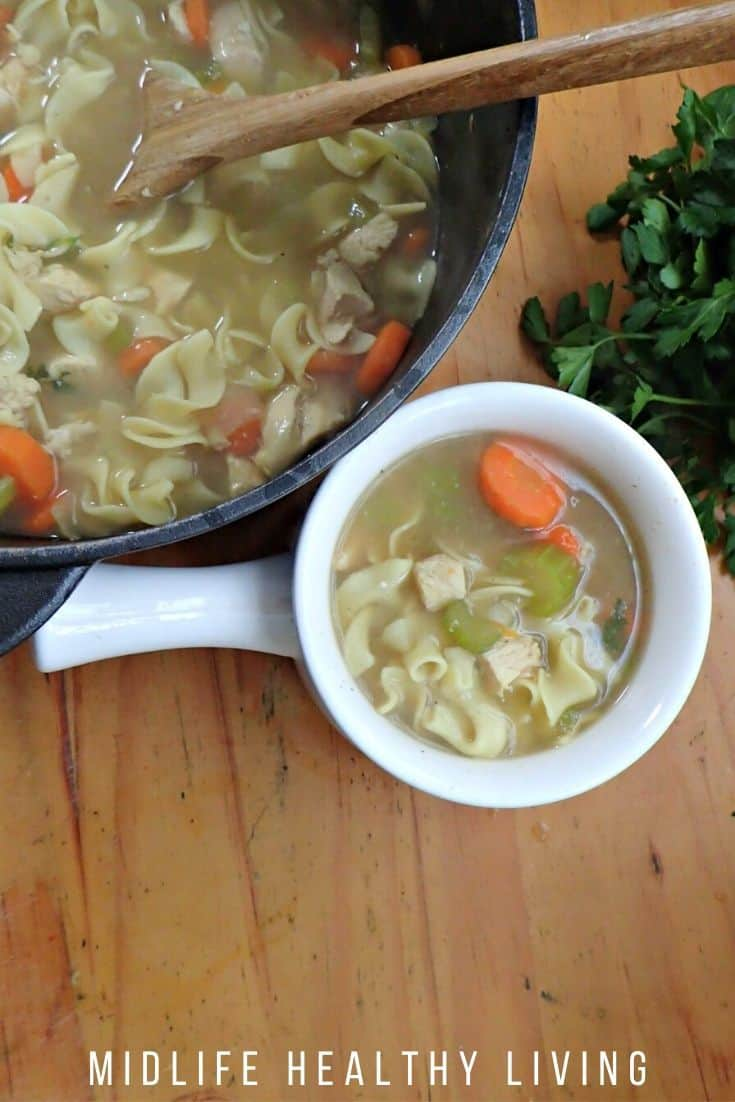 A view of the finished chicken noodle soup.