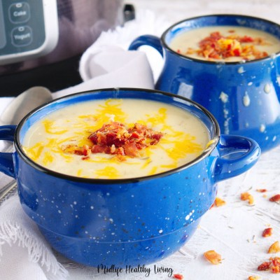 Featured image showing the finished Instant Pot potato chowder recipe.