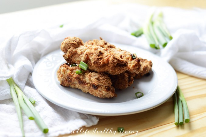 Featured image showing the finished air fryer chicken tenders.