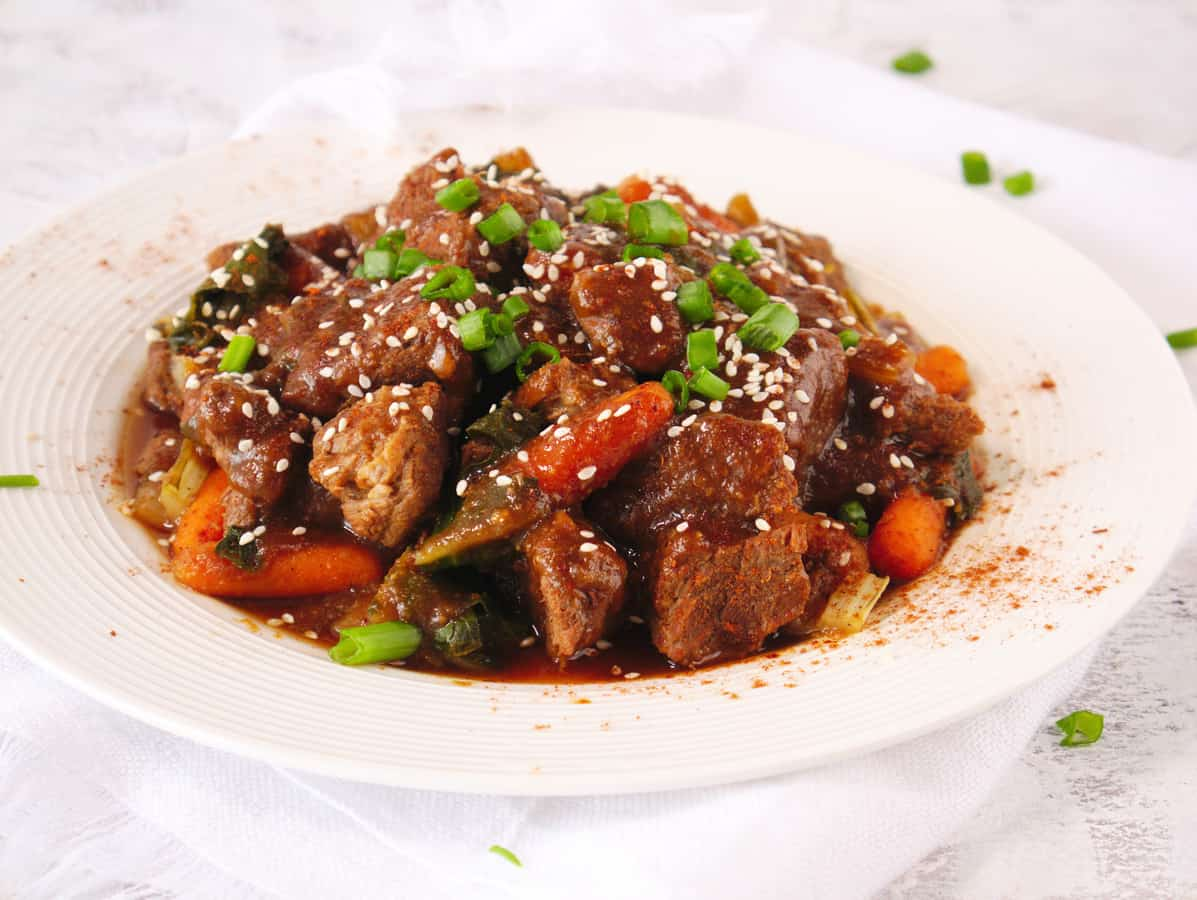 Featured image showing the finished Instant Pot beef stew for Weight Watchers.