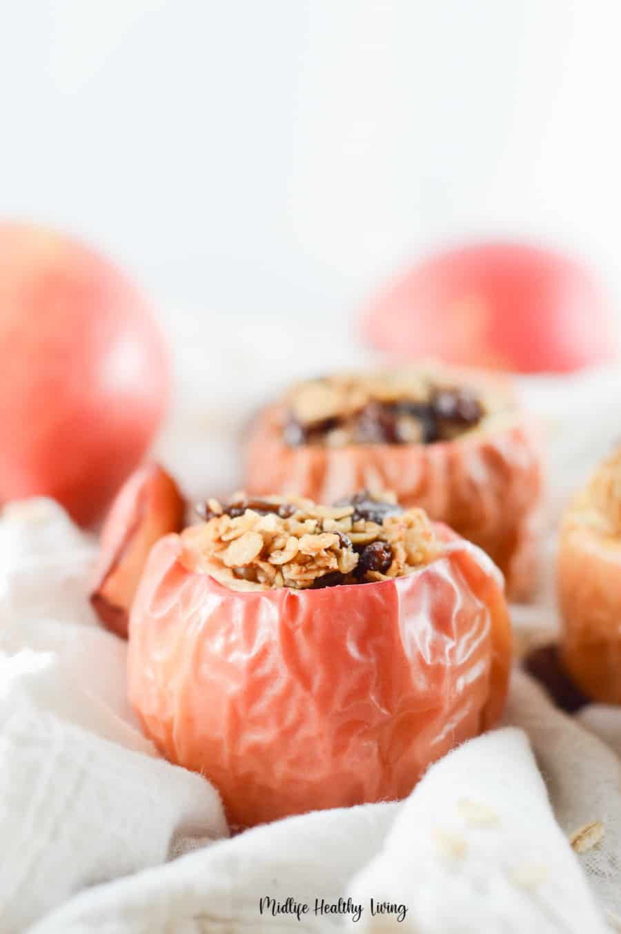 A delicious view of the finished baked apples for Weight Watchers.
