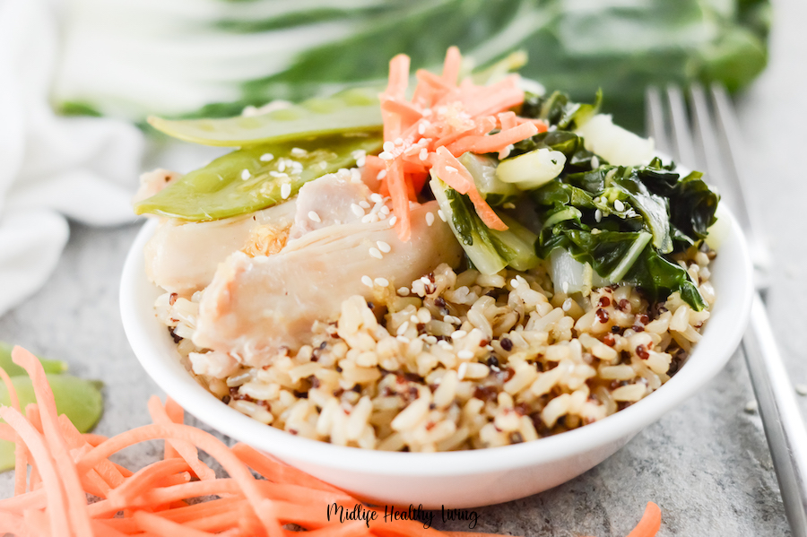 Featured image showing the finished chicken bowls ready to be enjoyed.