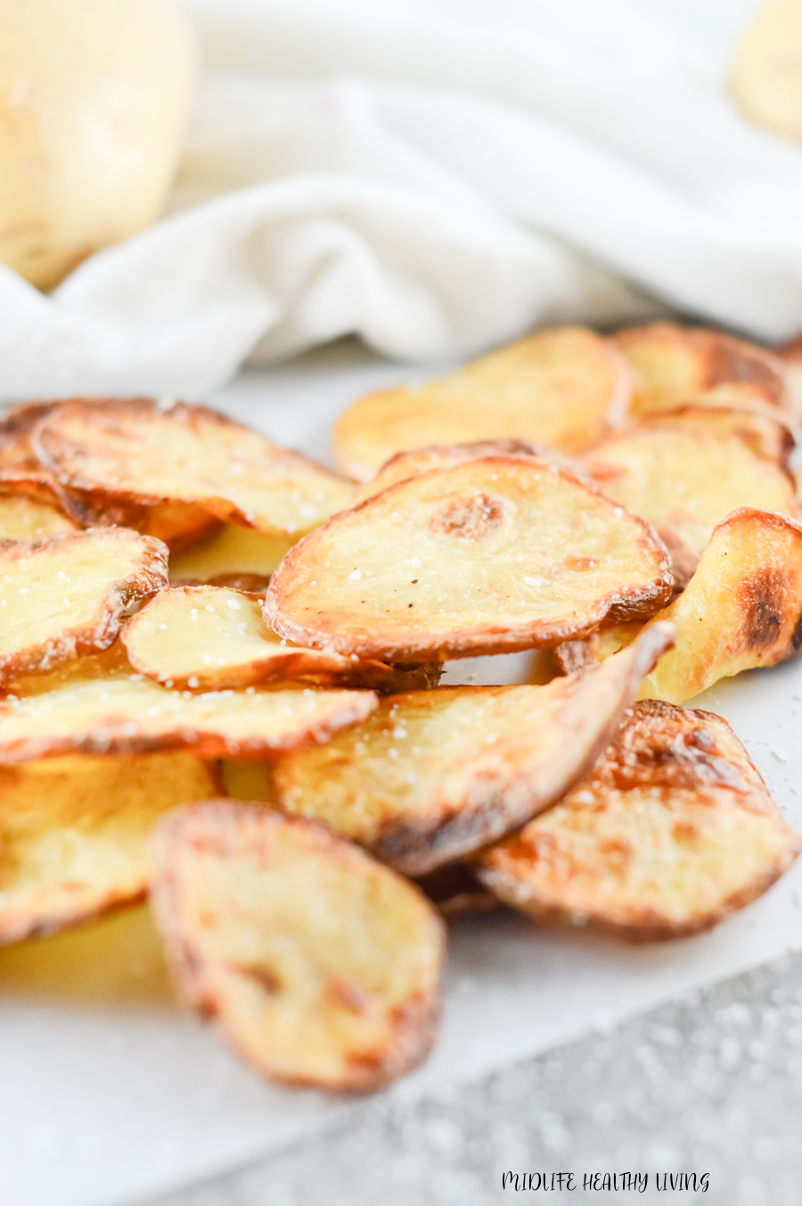 These delicious air fryer chips for weight watchers are finished and ready to be shared.