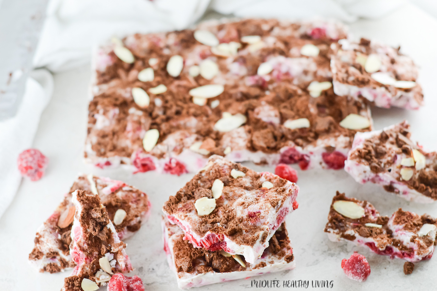 Featured image showing the finished weight watchers frozen yogurt bark ready to be eaten or shared.