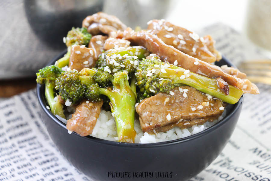 A close up shot of the finished bowl of beef and broccoli ready to eat.