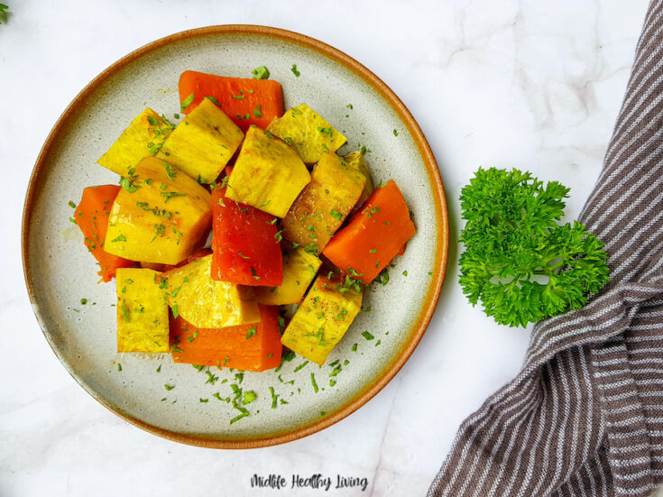 Featured image showing a plate of the finished weight watchers roasted sweet potatoes ready to serve.