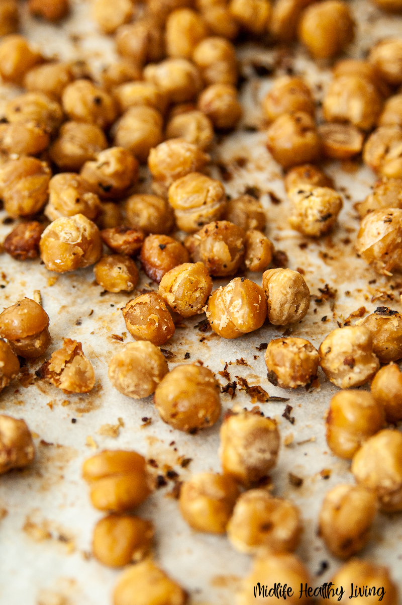 a close up of the finished chickpeas on a tray ready to be eaten.