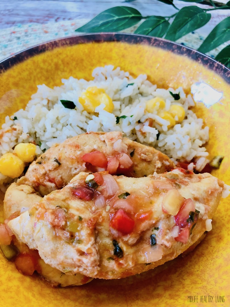 A look at the finished weight watchers salsa chicken with rice ready to eat