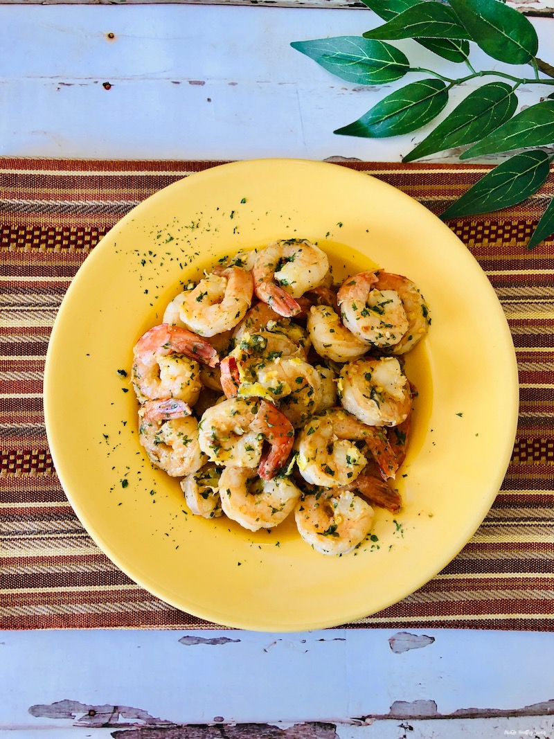 top down look at the finished weight watchers shrimp recipe ready to be served.